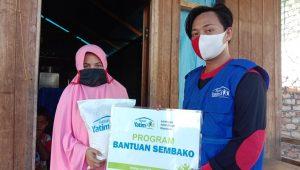 Rumah Yatim Salurkan Bantuan Sembako ke Lansia dan Dhuafa