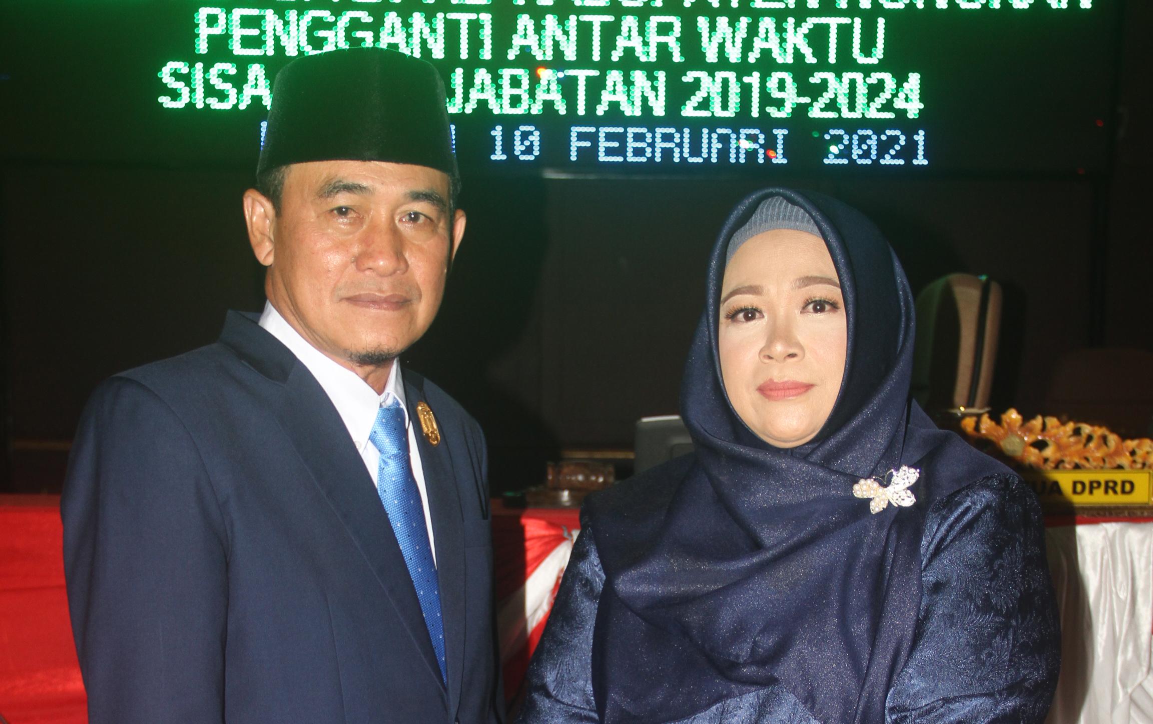 Wakil Ketua DPRD Nunukan, Saleh SE dan Istri